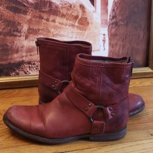Frye leather boots size 8.5B